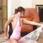 imagen La joven bailarina se masturba delante de su webcams porno