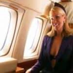 imagen Azafatas de vuelo poniendo cachondo al personal del avion