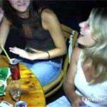 imagen Chicas que quedan en un bar se emborrachan y se follan al bailarin