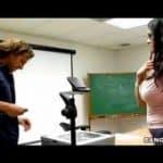 imagen Examen anal con actriz porno Carmella Bing