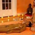 imagen masaje tao lesbico con dos tias desnudas