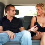 imagen compartiendo taxi con la sexy Velicity Von