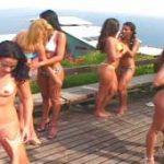 imagen grupo de chicas lesbianas con Elle Padilla