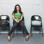 imagen Claudia Valentine sola en entrevista de curro