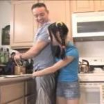 imagen muy jovencitas asiaticas sexy provoca a padre