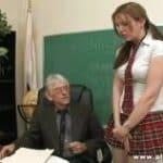 imagen profesor abuelo se folla a alumna colegiala