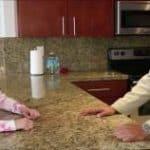 imagen Jovencita zorra con el socio de su padre